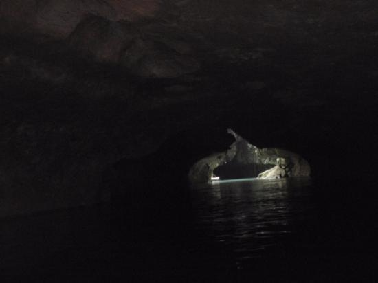 Cave Tubing.Bz: As we drifted away from the entrance of the first cave...