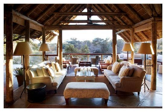 Thornybush Game Lodge: Main Deck