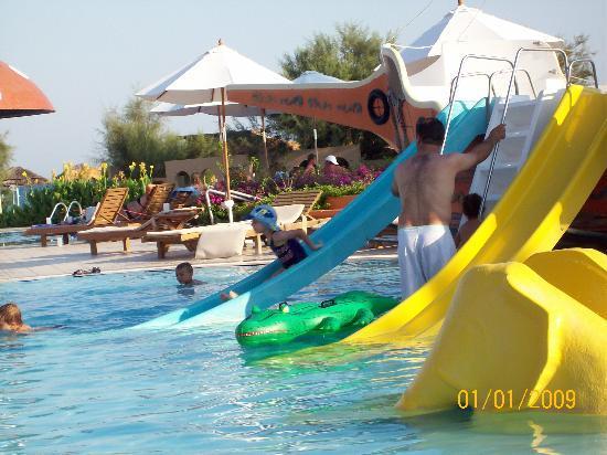 TUI MAGIC LIFE Waterworld : çocuk havuzu