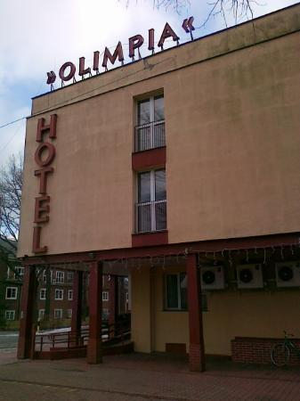 Olimpia Hotel: Building