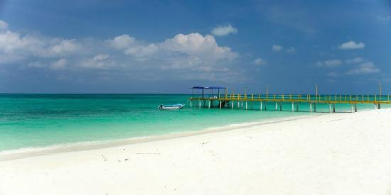 Lakshadweep Homestay Kasim K: West side beach