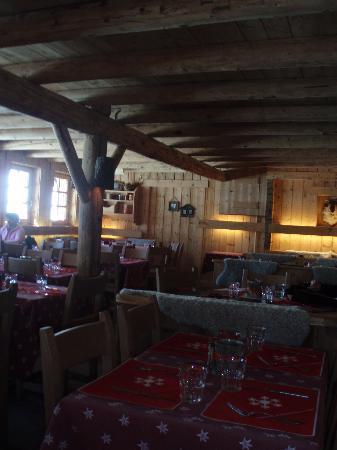 L'Auberge de la Cote 2000: La salle de restaurant