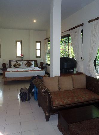 Chaweng Bay View Resort: One of our double rooms