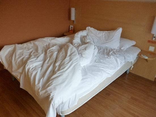 ibis Shanghai JinshaJiang : ベッドです。