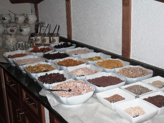 Hotel-Restaurant  Brau : The sereal assortiment