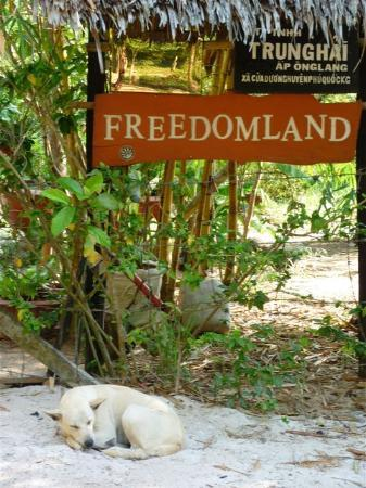 Freedomland Phu Quoc Resort: Freedomland entrance