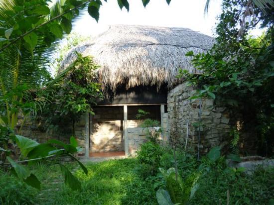 Freedomland Phu Quoc Resort: Treehouse outside