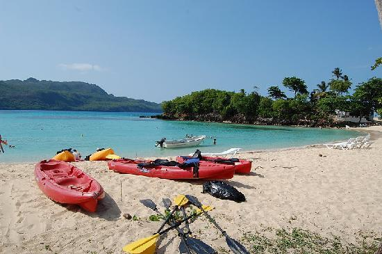 Chalet Tropical Village: Kayak excursion into Rincon Bay