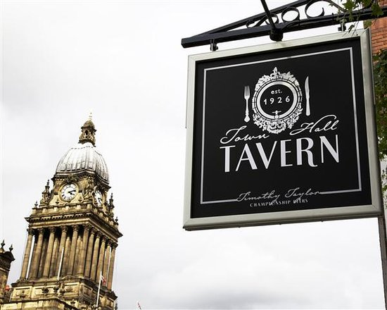 Town Hall Tavern -opposite the town hall and law courts