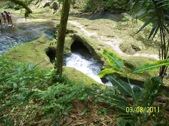 Port Antonio, Jamaica: Heart cave!!