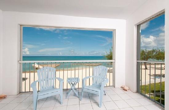 The Grandview Condos Cayman Islands : The view from 122 - Ocean Front condo