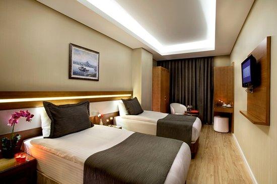 Sorriso Hotel : Double Twin Room
