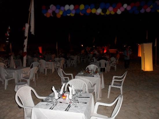 Hotel Playa Coco: Valentines Day Beach Party