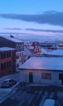 Reykjavik Downtown HI Hostel: The view from our room on the 2nd floor.