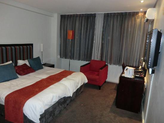 Fountains Hotel: Zimmer ohne Tageslicht