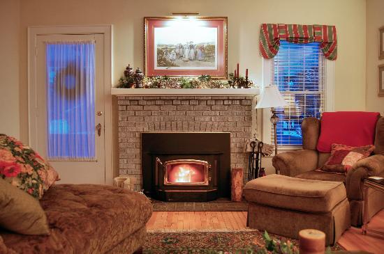 The Haynes White House Inn: Enjoy a Cozy Spot by the Fire