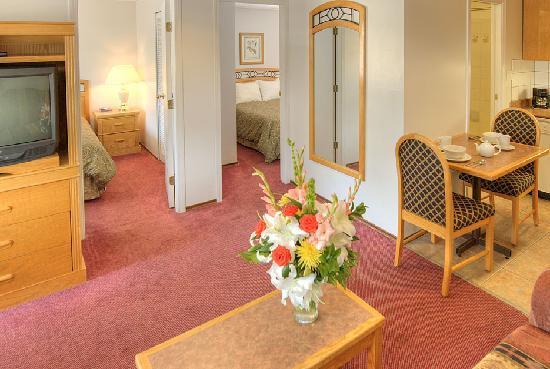 Grouse Inn : Two Bedroom Suite