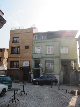 Poem Hotel Istanbul: Poem Hotel - front view