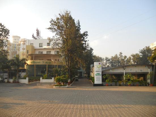 Hotel Green Park: Hotel Greenpark & Restaurant