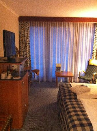 Radisson Blu Hotel, Hannover: Big TV