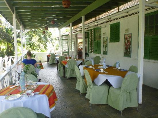 Chatters Tea Room: Shaded Balcony