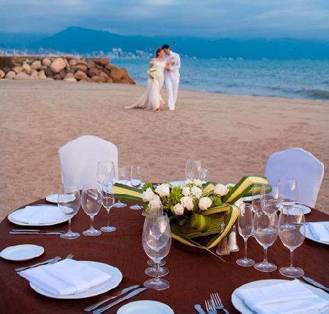 Velas Vallarta: Weddings Set up