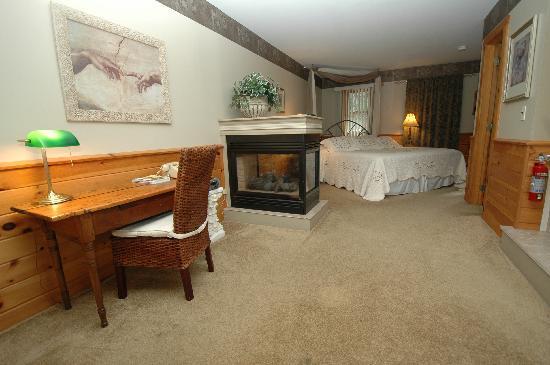 The Arbor Inn: Suite #12