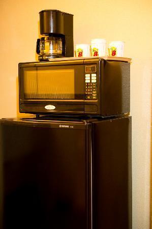 Motel 6 Livingston TX : Fridge/Micro in All Rooms