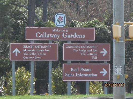 Entrance picture of callaway gardens pine mountain tripadvisor for Places to stay near callaway gardens
