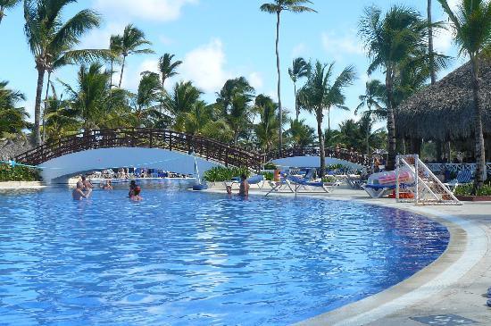Grand Bahia Principe Bavaro: la piscine