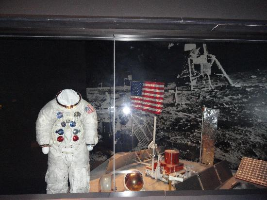 Apollo 11 Museum - Pics about space