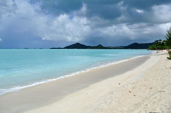 Jolly Harbour, Antigua : Valley Church Beach 1