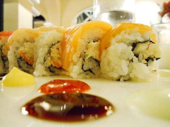 Great Bay Lounge : Coral Reef Roll