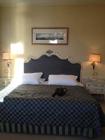 Hotel Antiche Figure: Deluxe Bedroom