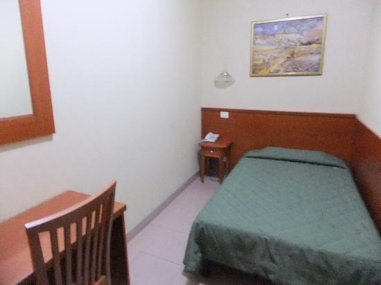 Hotel Milo: お部屋の全体的な写真