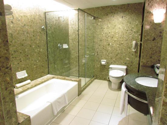 bathroom picture of pacific regency hotel suites kuala lumpur rh tripadvisor com sg