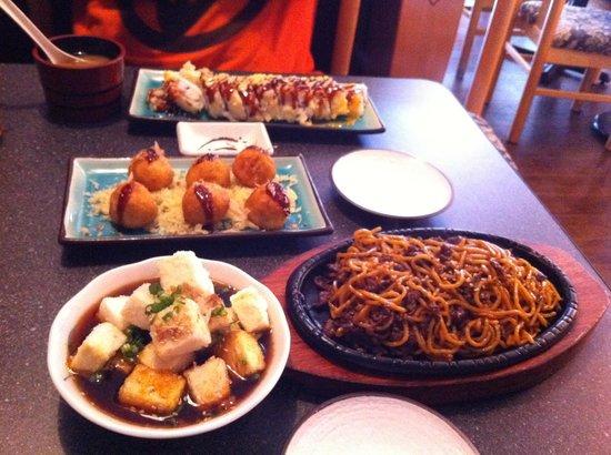 Osaka Sushi: Appetizer, hot food and sushi