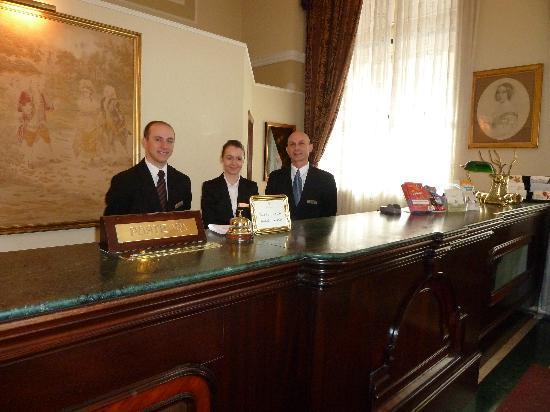 The Victoria Hotel : Stuart, Fiona & Charles at reception