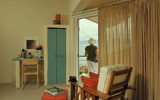 Whalesong Lodge : Standard room with balcony