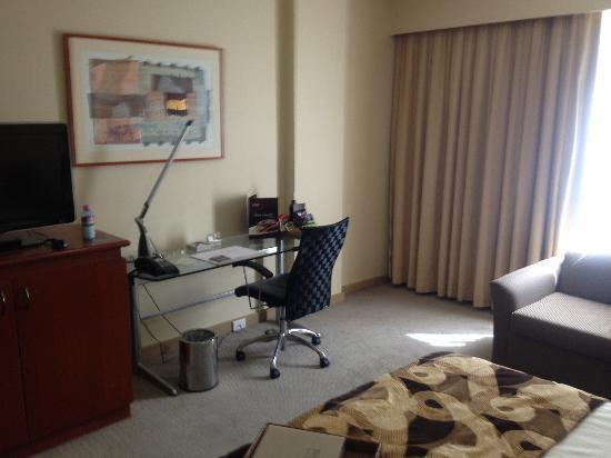 Rydges Capital Hill Canberra: Another view of room