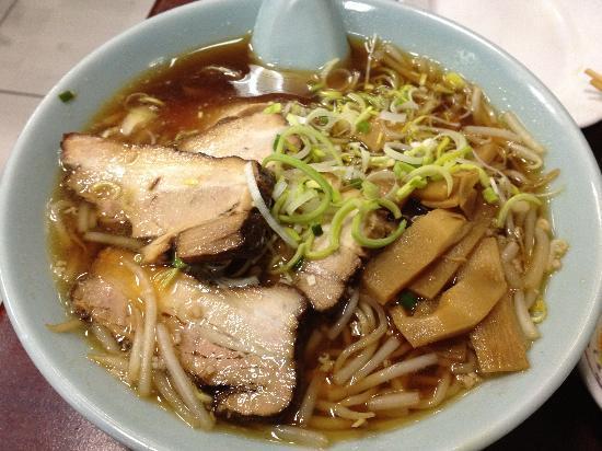 Higuma: Ramen with extra porc