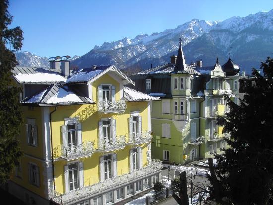 Hotel Almrausch: Ausblick vom Balkon im 2. Stock