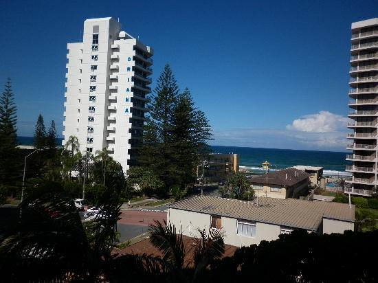 Warringa Surf Apartments: Our beautiful view from our balcony