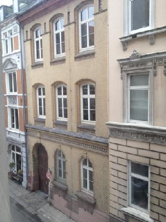 Novum Hotel Alster Hamburg St. Georg: view from hotel