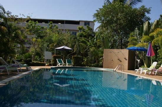 Thip Residence Boutique Hotel : piscine