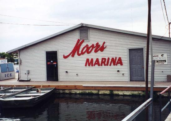 Moors Resort & Marina on Kentucky Lake: Moors Resort and Marina