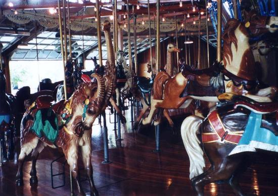 Mansfield, OH: Richland Carousel Park, 2001