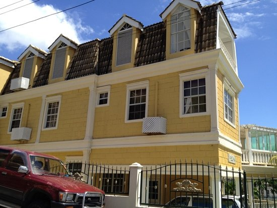 Kingstown, St. Vincent: FAIRVIEW GUESTHOUSE
