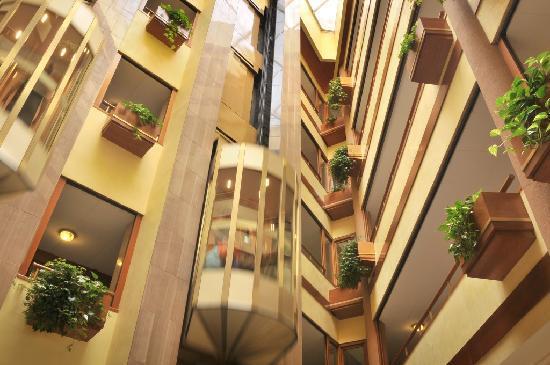 Hotel GHT Aquarium & SPA: Hall