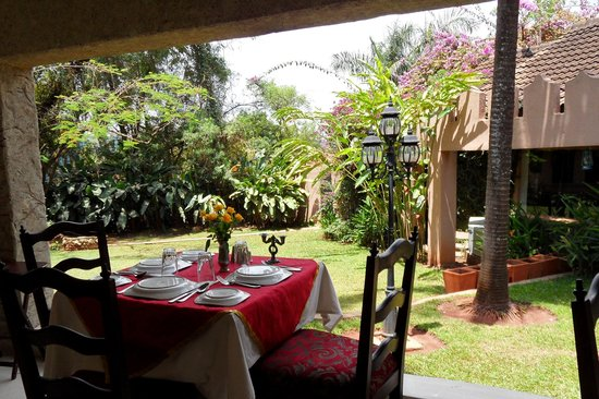 Where to Eat in Munyonyo: The Best Restaurants and Bars